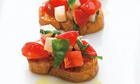 Bruschette al Pomodoro e Mozzarella
