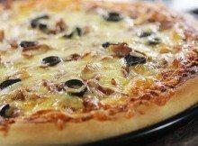 Pizza al Tonno e Olive nere