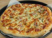 Pizza Salsiccia e Scamorza