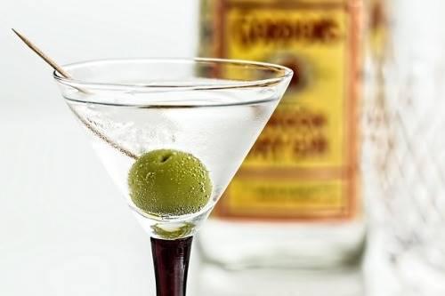Martini Dry cocktail classico